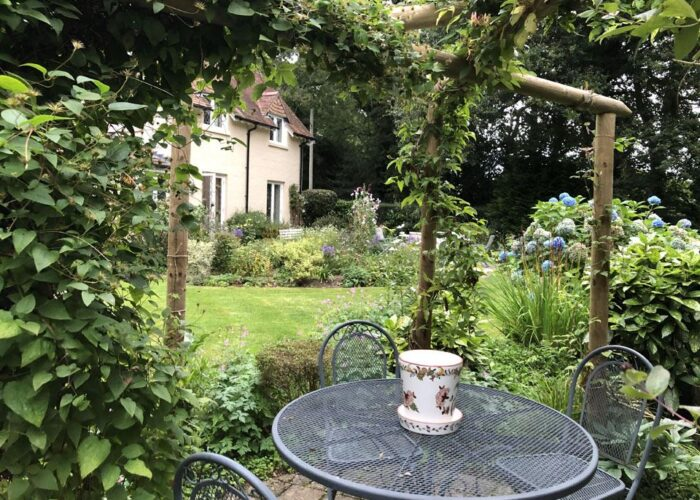 the-last-day-of-summer-at-ngs-garden-ferns-lodge-1-main